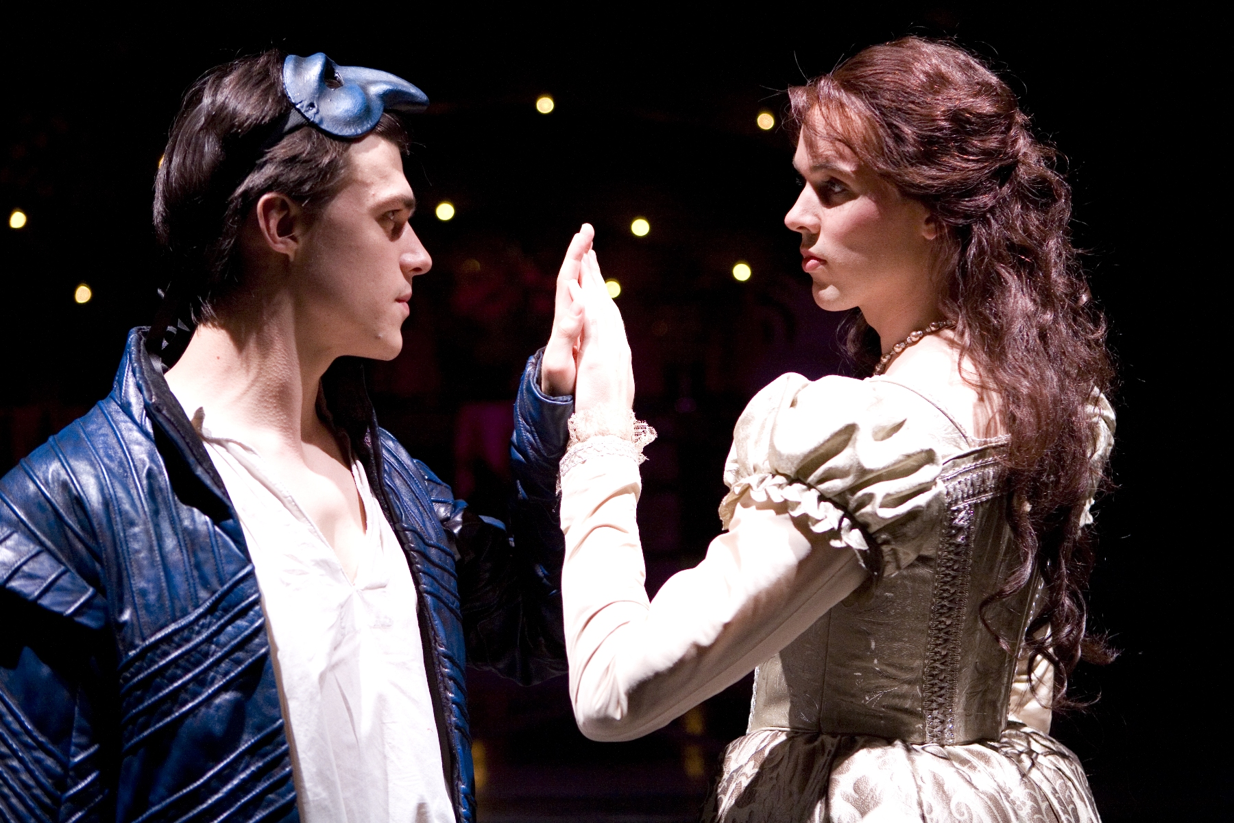 an examination of the character of juliet in the play romeo and juliet Character essay on romeo this essay will discuss the character romeo in the play romeo and juliet by william shakespeare romeo.