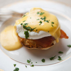 eggs-benedict-b