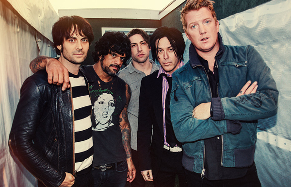 queens_of_the_stone_age_01_website_image_andrewwhittongallery_wxga
