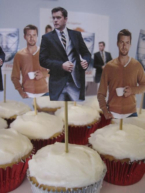 joshua-jackson-cupcakes
