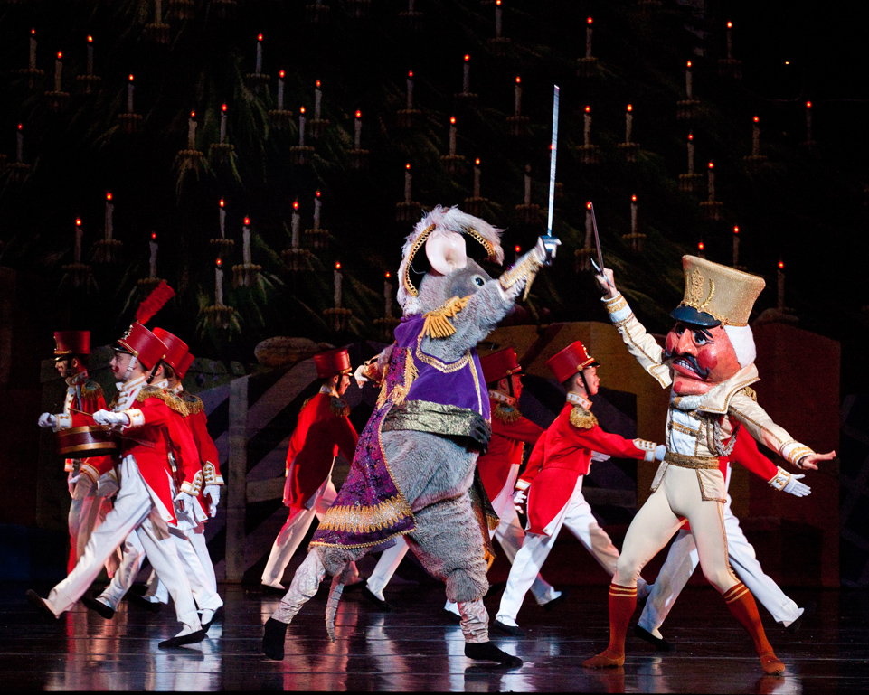 an analysis of the nutcracker performance The nutcracker analysis  the nutcracker performed by the ballet ensemble of texas was just as magical and special as every performance of the nutcracker i've .